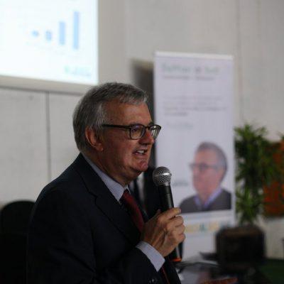 Investire nel lavoro e nello sviluppo della Calabria: la sfida di De Masi