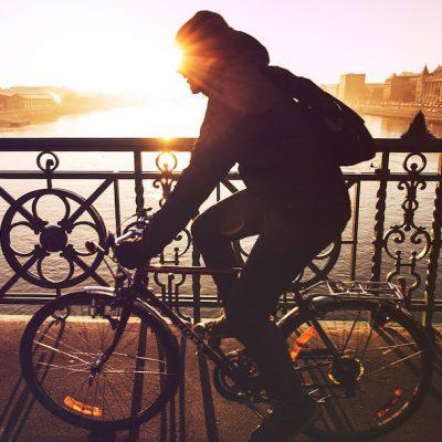 imparare a pedalare e andare in bicicletta