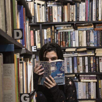 la riapertura delle librerie tra polemiche e semi di speranza